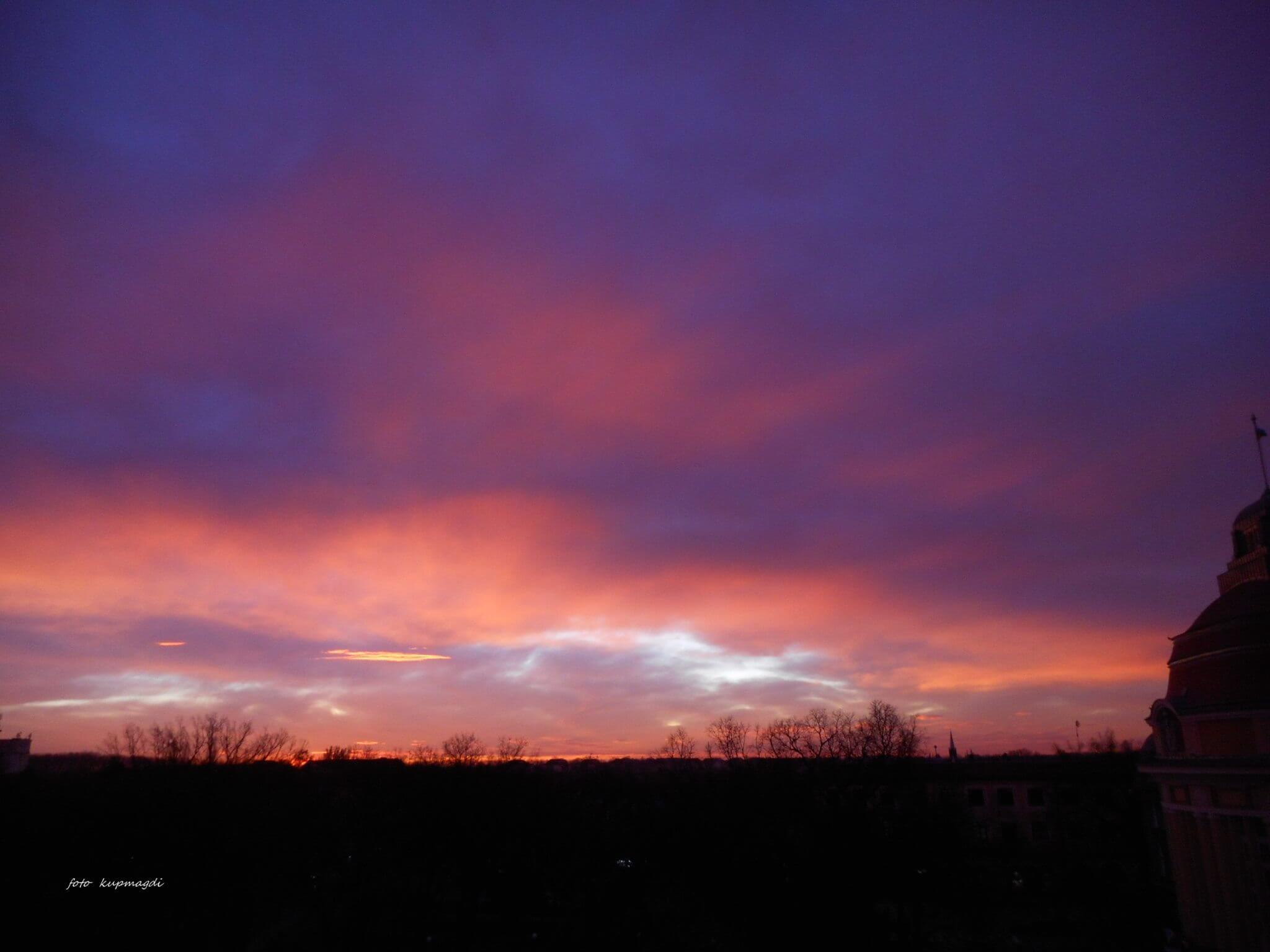 Izlazak sunca Senta - 12. dec (Foto: Magdolna Kuprešanin)