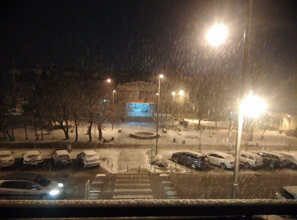 Sneg u Novoj Pazovi - 20. feb 20h