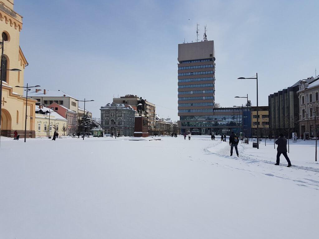 Trg Slobode pod snegom Zrenjanin - 27. februar