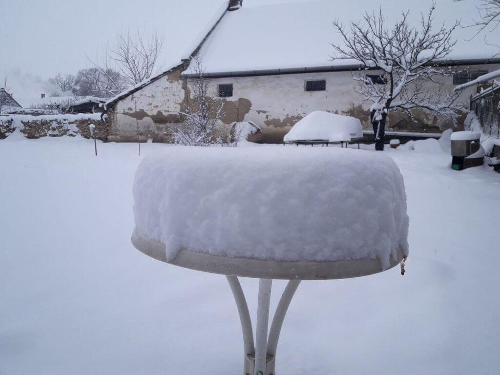 Bačko Gradište pod najvećim snegom ove godine