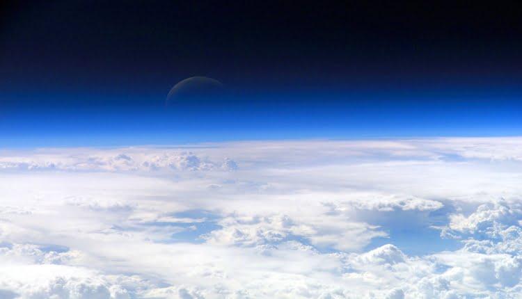 Stratosfera ilustracija