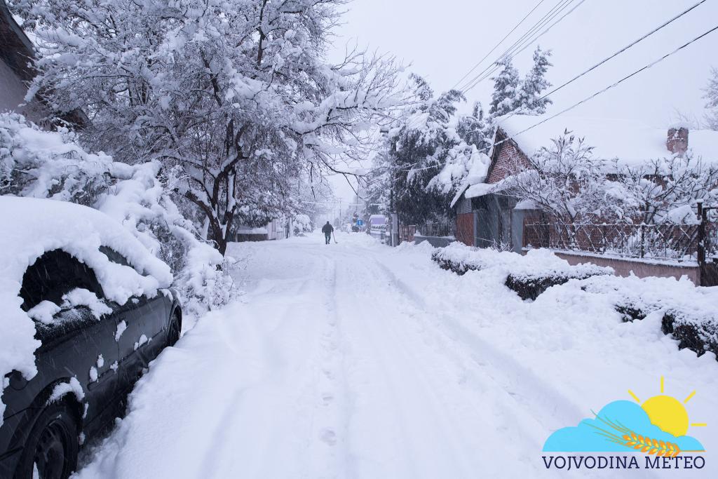 U Zrenjaninu jutros 32cm snega