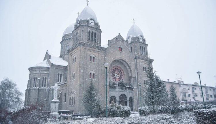 Crkva u Čantaviru i snežna idila na severu Vojvodine