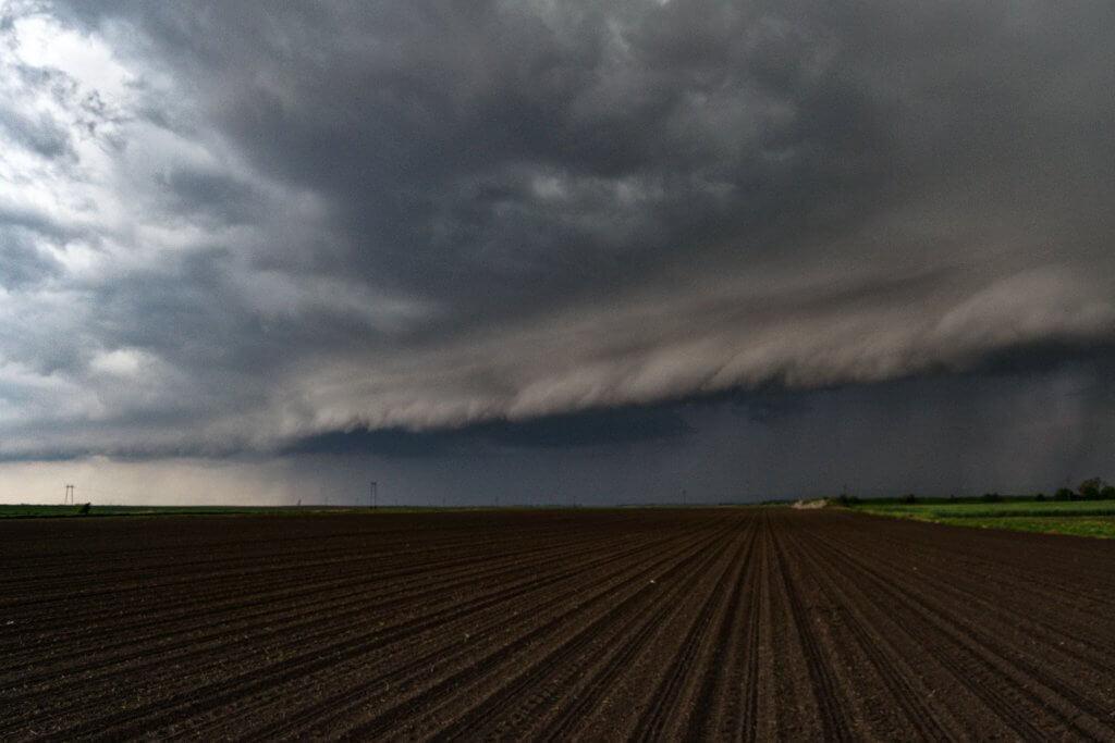 Dolazak olujnog nevremena - shelf cloud (Foto: Daliborka Popov)