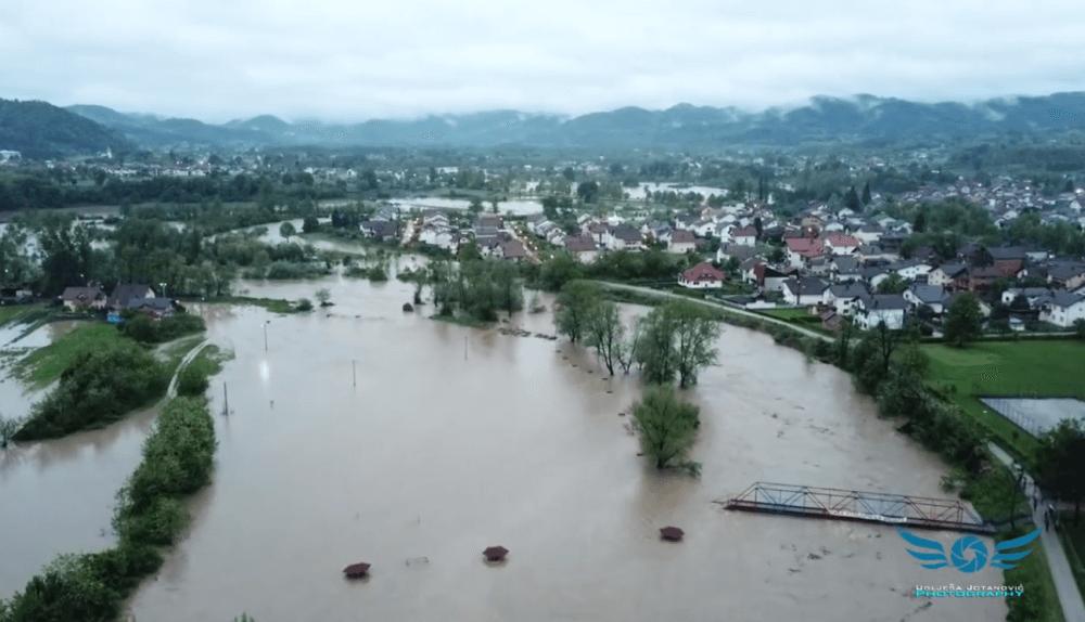 Usora poplavila delove Teslića (Foto: YouTube)