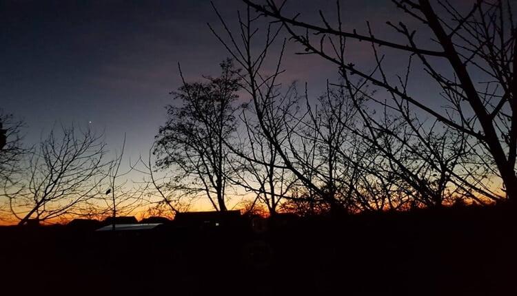 Zalazak sunca na Badnji dan